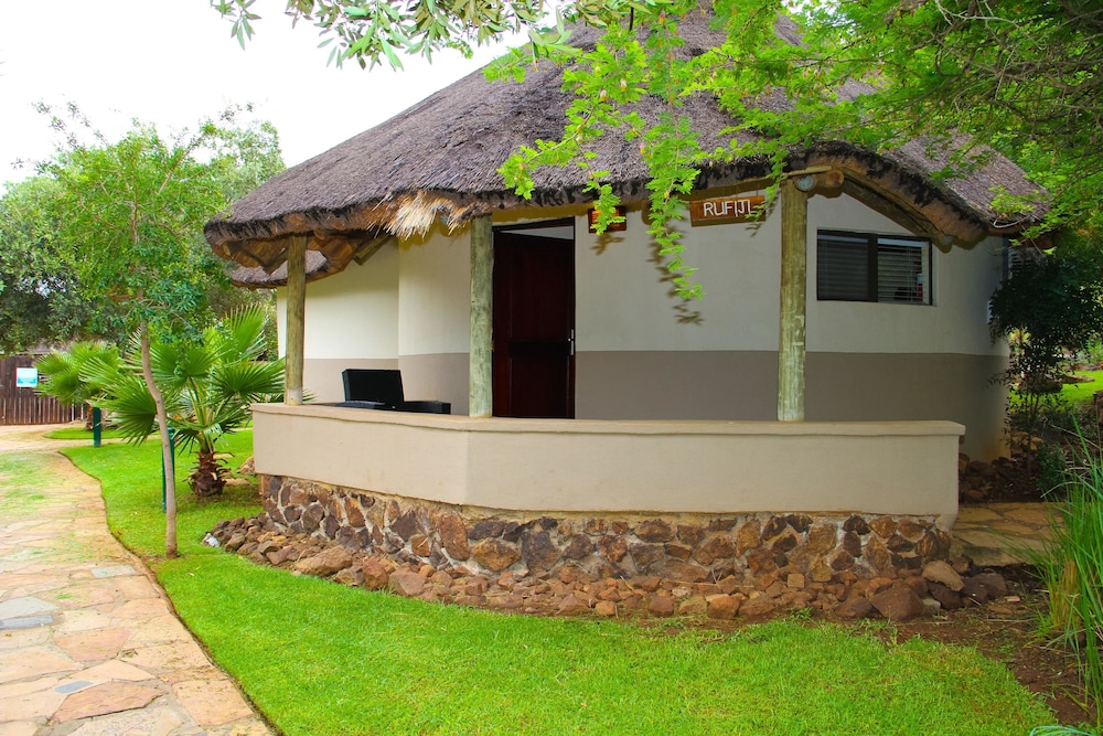 Front of Property, Bush Bungalows at Sun City Resort