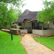 Bush Bungalows at Sun City Resort