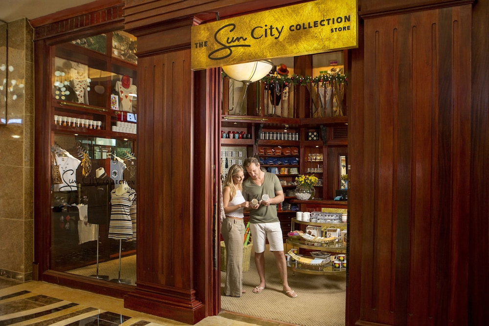 Gift Shop, Bush Bungalows at Sun City Resort