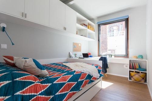 pal cio de s o bento altstadt von lissabon. Black Bedroom Furniture Sets. Home Design Ideas