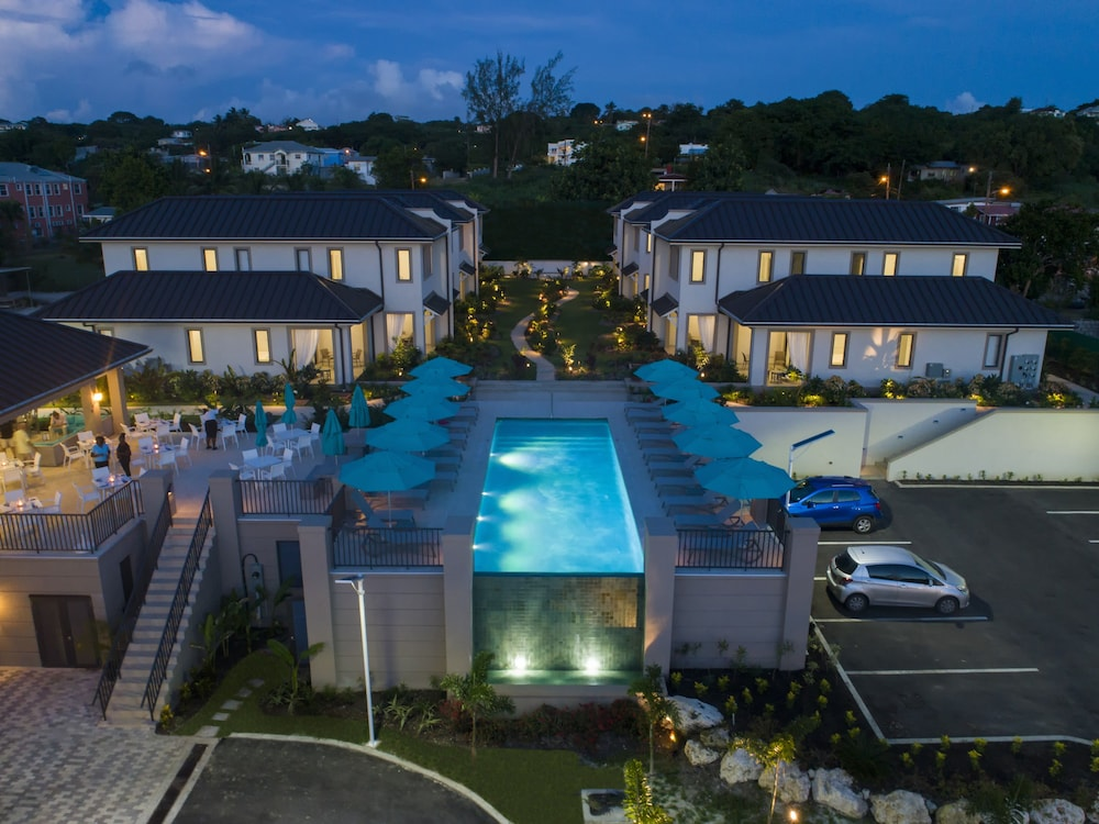 Property Grounds, Villas & Suites at Beach View