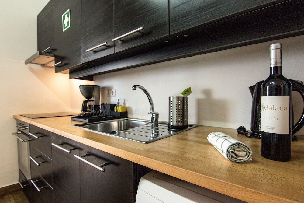 Private Kitchen, Faro Central - Holiday Apartments