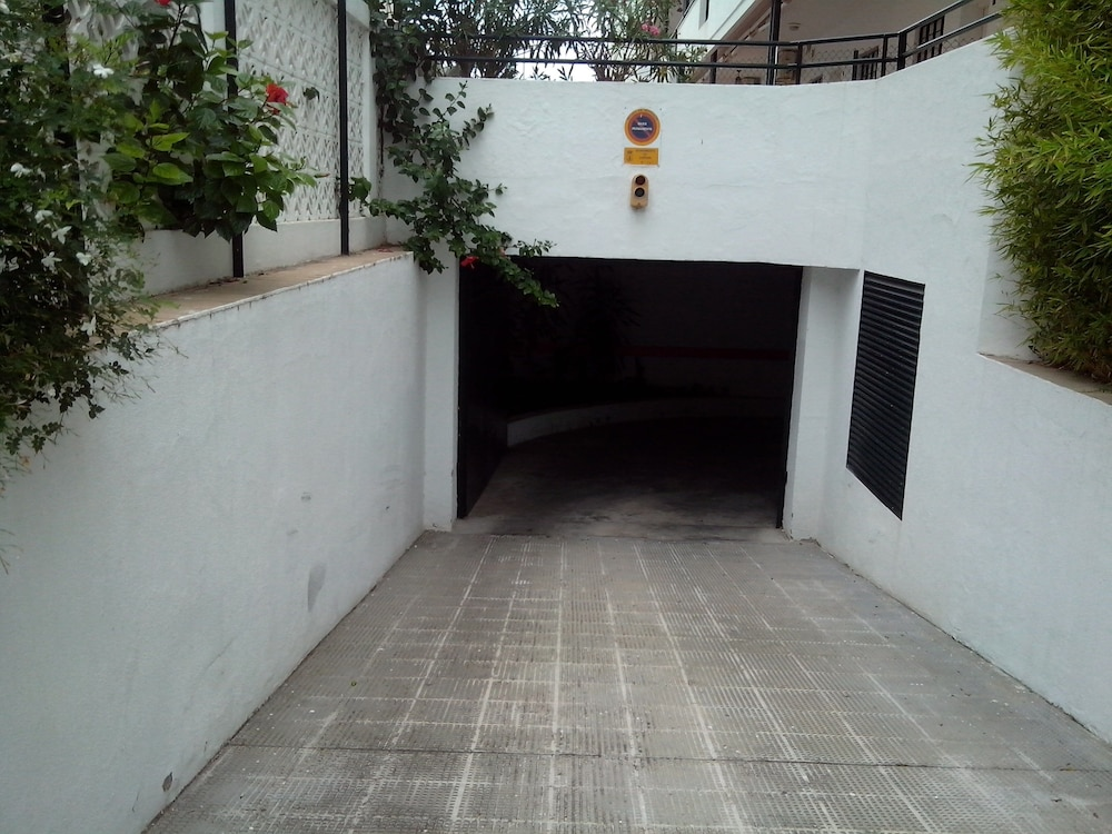 , Apartment- Chipiona, Garage, Pool Near THE Town Center AND Beach, Internet, Satellite TV