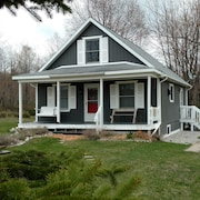 Quiet And Charming Views Of Historic Leelanau County Close To Beaches