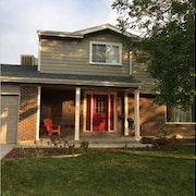 5 Bedroom, 3.5 Bath, Family Home Close To Downtown Denver & Boulder