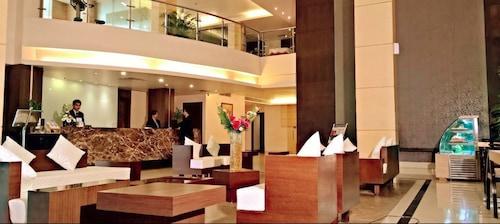 Hotels near Sri Sri Chaitanya Gaudiya Math, Guwahati: Find