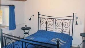 2 chambres, lits bébé (gratuits), lits pliants/supplémentaires gratuits