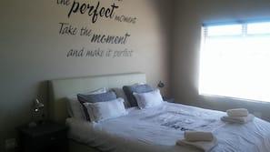 2 quartos, ferros/tábuas de passar roupa, Wi-Fi de cortesia