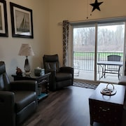 Comfortable Lake Escape Perfect FOR Families, Fisherman, Birders & Shooters