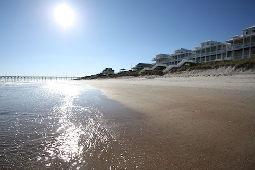 Ny Notering - Luxury Premium Oceanfront 4/5 BR Hem, Pool, Hiss, Surf City
