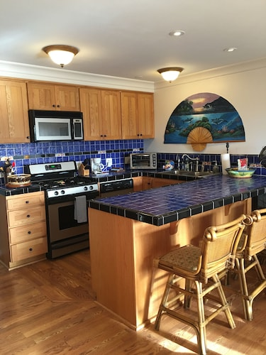 Wavecrest Resort Luxury Condo on Moloka'i