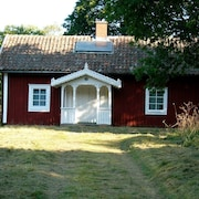 Beautiful holiday house Blomkulla