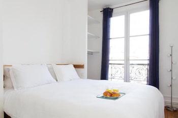 Marais - Place des Vosges Apartment, Paris: 2019 Room Prices