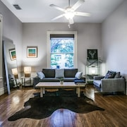 Historic Home In Heart Of Uptown Dallas