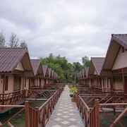 Ruean Bua Resort