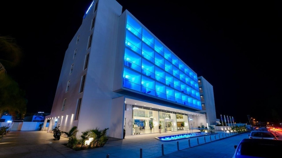 Tasia Maris Seasons Hotel - Adults Only