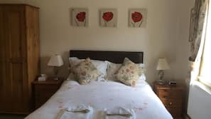 Premium bedding, iron/ironing board, rollaway beds, free WiFi