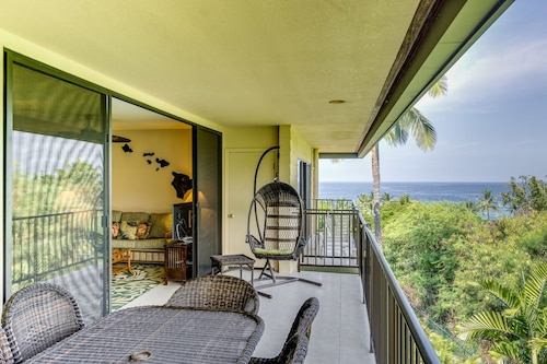 Kahaluu Bay Villas #305