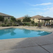 Great Getaway for Families and Couples With Community Pool