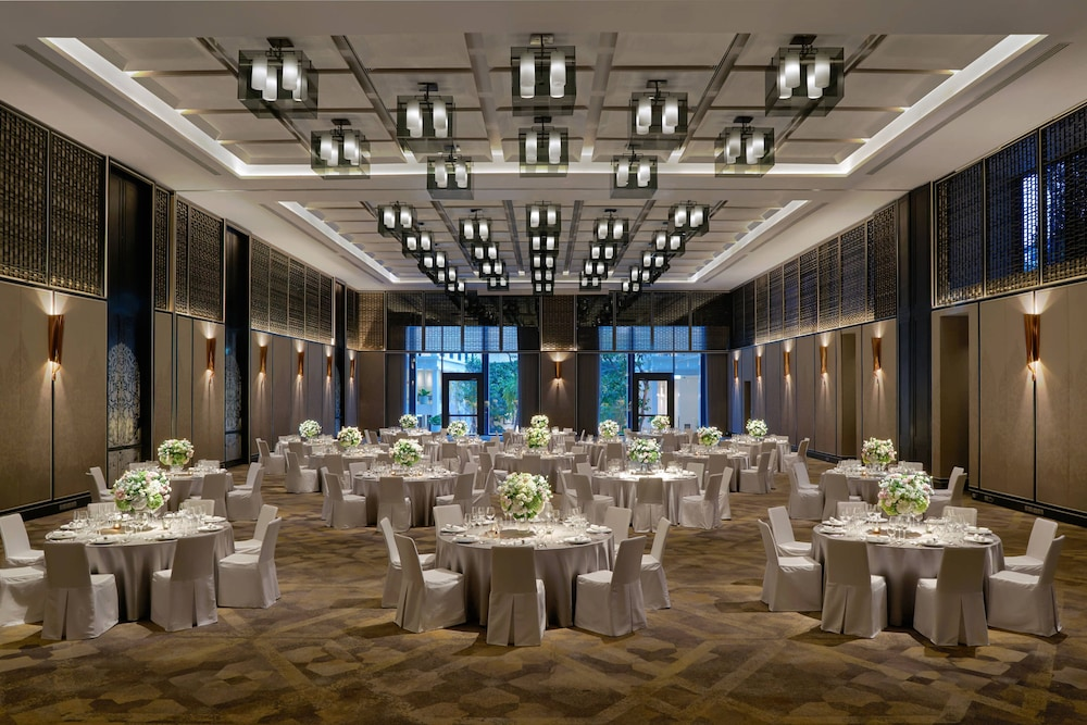 Ballroom, Bangkok Marriott Hotel The Surawongse