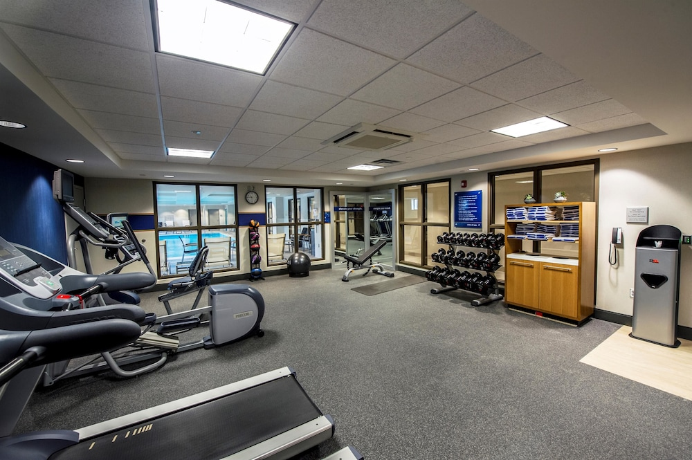 Fitness Facility, Hampton Inn & Suites Foxborough/Mansfield