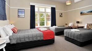 4 bedrooms, iron/ironing board, cots/infant beds, free WiFi