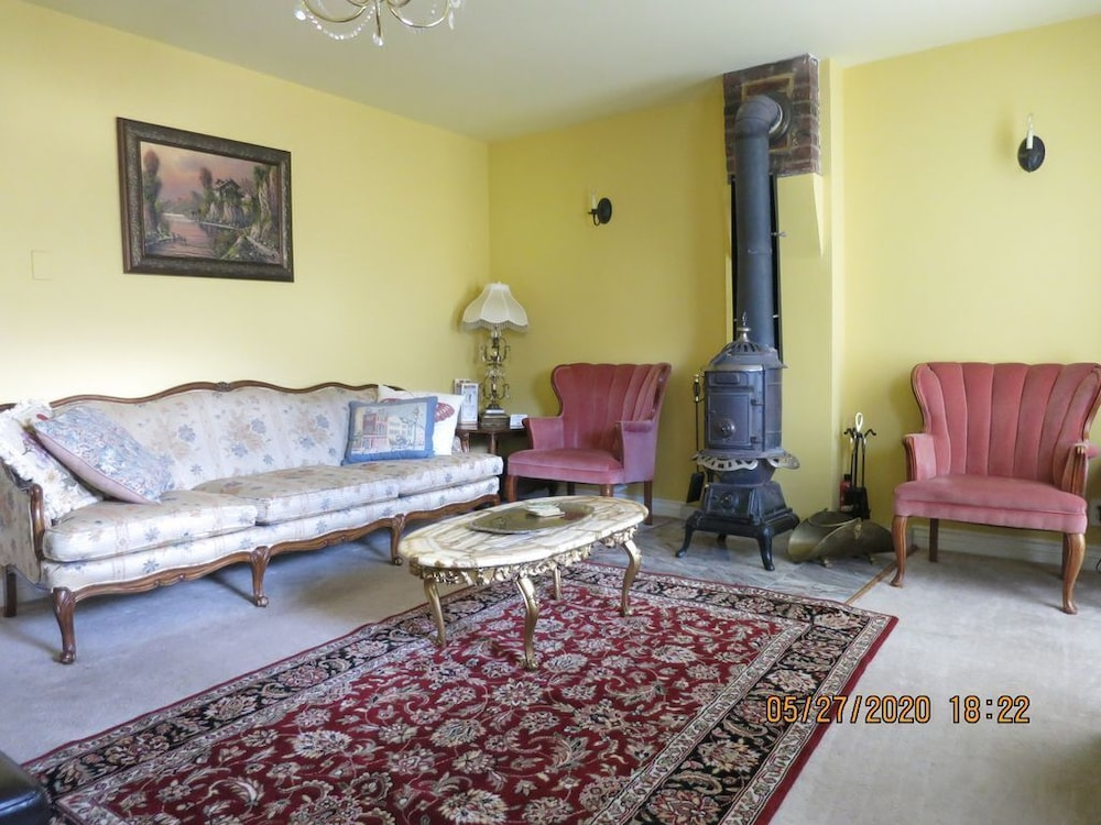 Living Room, Little Victorian Cottage IN Central City: Great View AND Location