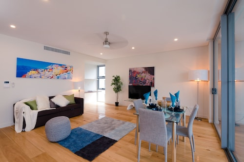 Pelicanstay in Bondi Junction