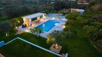 Antigone Estate