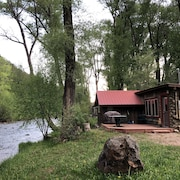of the Frying Pan River I Fisherman's Cabin