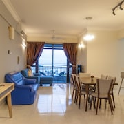 Panoramic 180 Cozy Suite at Penang Island