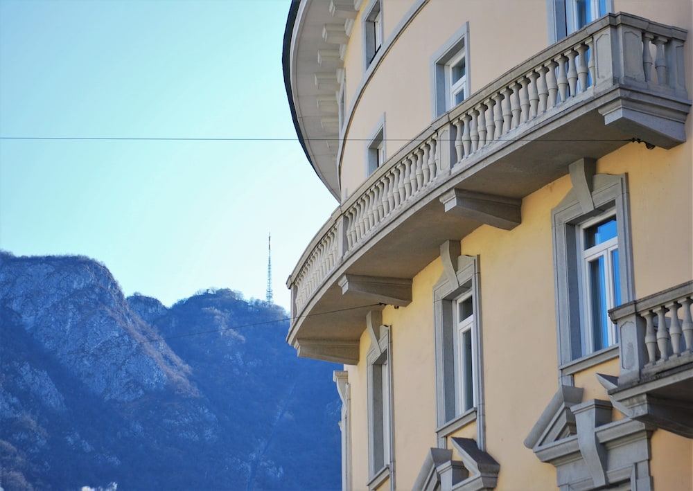 Front of Property, Lugano Center GuestHouse