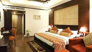 Minibar, desk, rollaway beds, free WiFi
