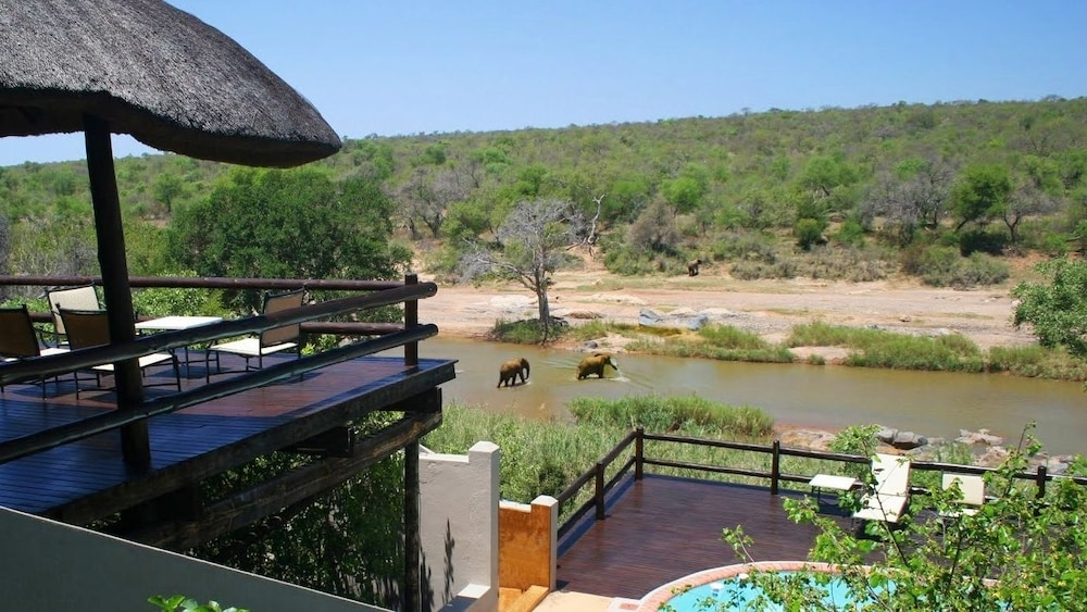 Balcony View, Nyati Safari Lodge - All Inclusive