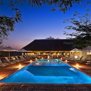 Nyati Safari Lodge - All Inclusive
