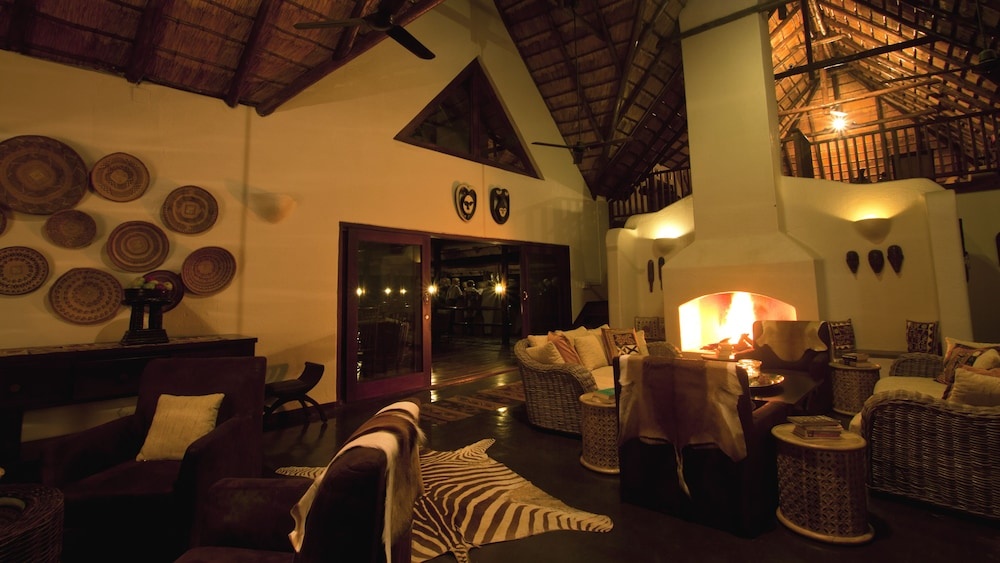 Fireplace, Nyati Safari Lodge - All Inclusive