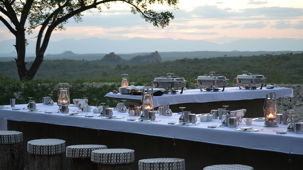 Dining, Nyati Safari Lodge - All Inclusive
