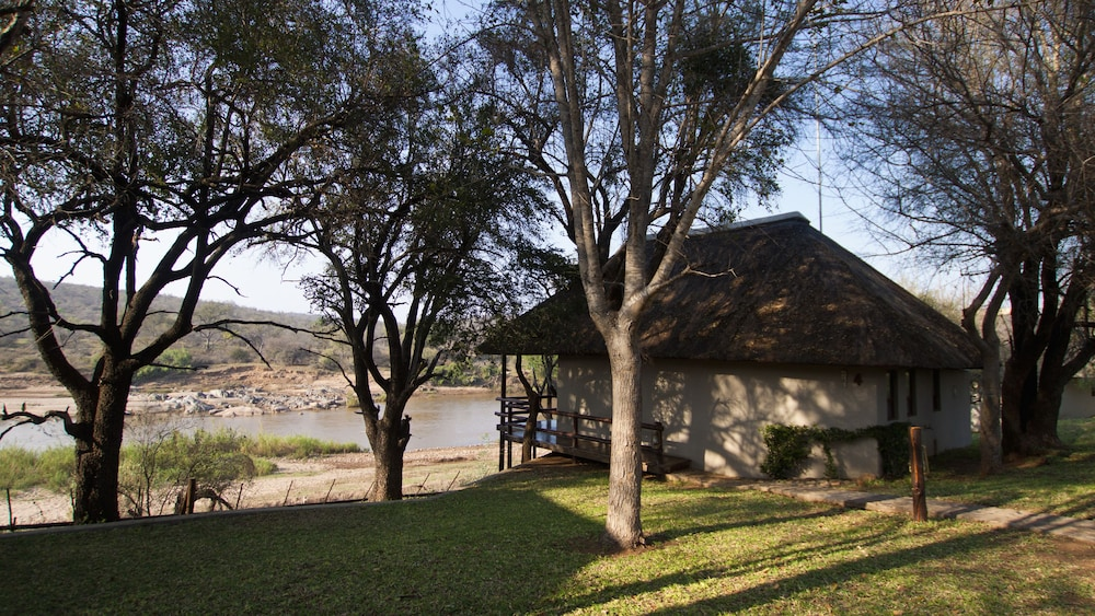 Property Grounds, Nyati Safari Lodge - All Inclusive