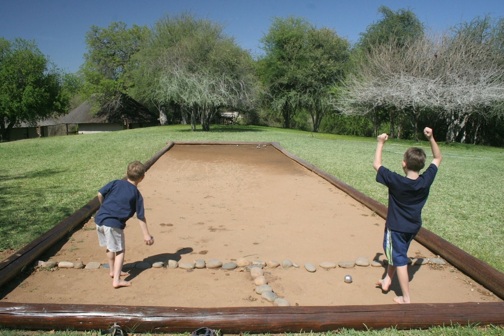 Children's Activities, Nyati Safari Lodge - All Inclusive