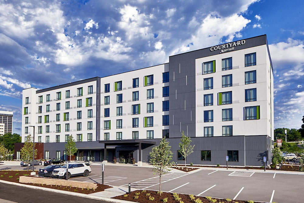 Featured Image, Courtyard by Marriott Minneapolis West