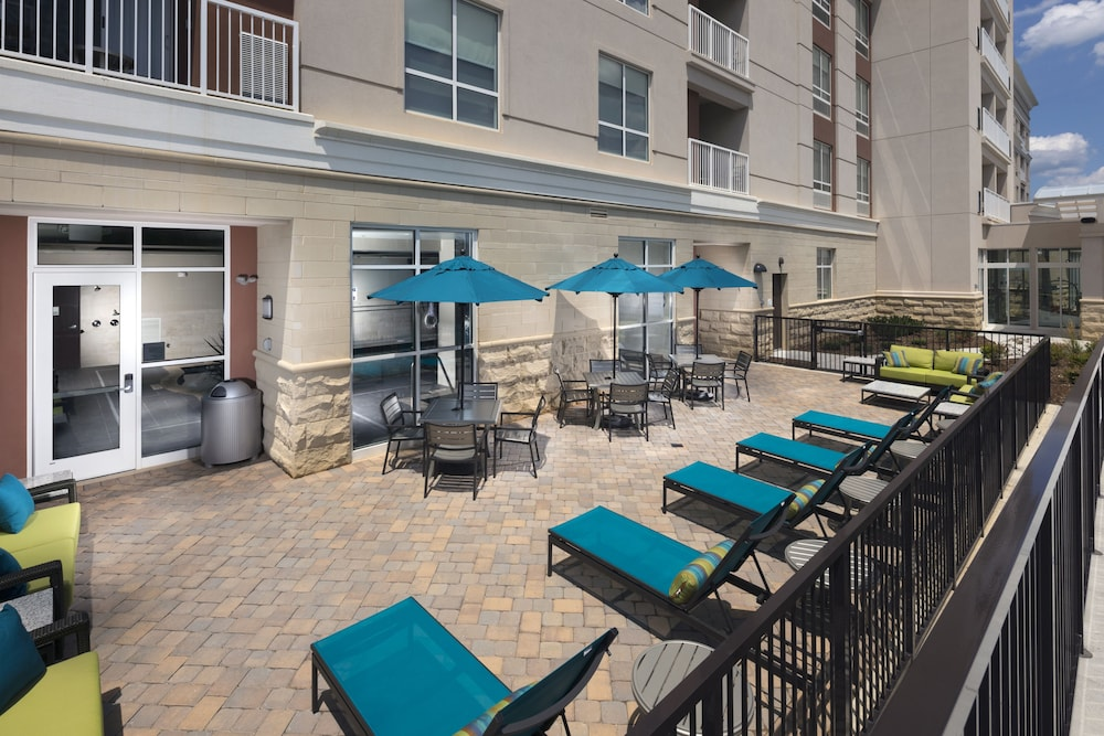 Pool, Holiday Inn Hotel and Suites Arden - Asheville Airport