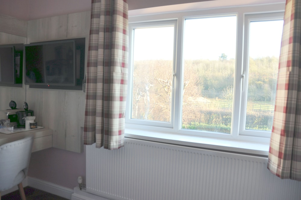 Bridleways Guest House & Holiday Homes Mansfield, GBR - Best Price