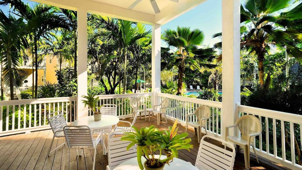 Balcony, Octopus's Garden @ Coral Hammock Spacious Home & Pool + Last KEY Services..