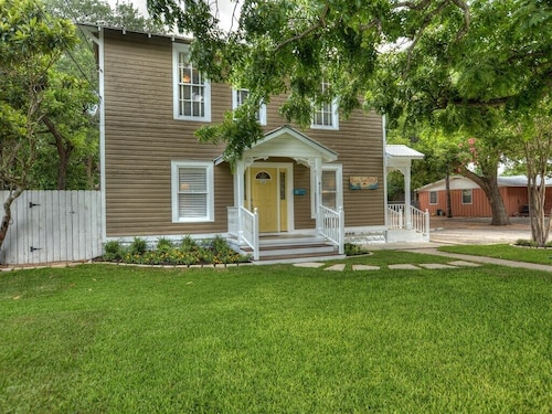 Great Place to stay River Town Retreat Unit B - The Closest Rental to Wurstfest! near New Braunfels