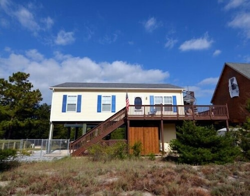 Great Place to stay Pet Friendly Home in Broadkill Beach! near Milton