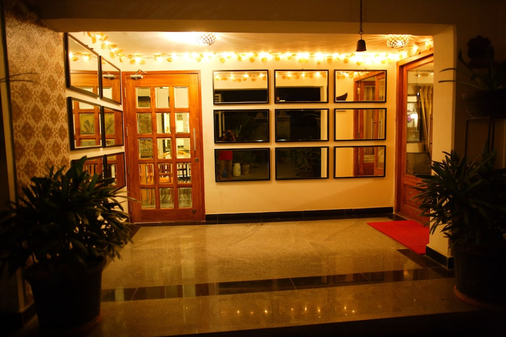 Hotel Villa Highnest - Sriperumbudur - Reviews, Photos & Rates