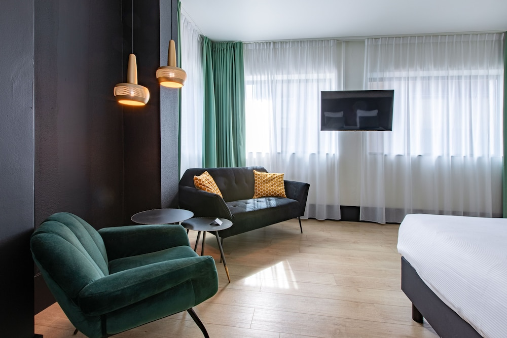 Room, The James Hotel Rotterdam