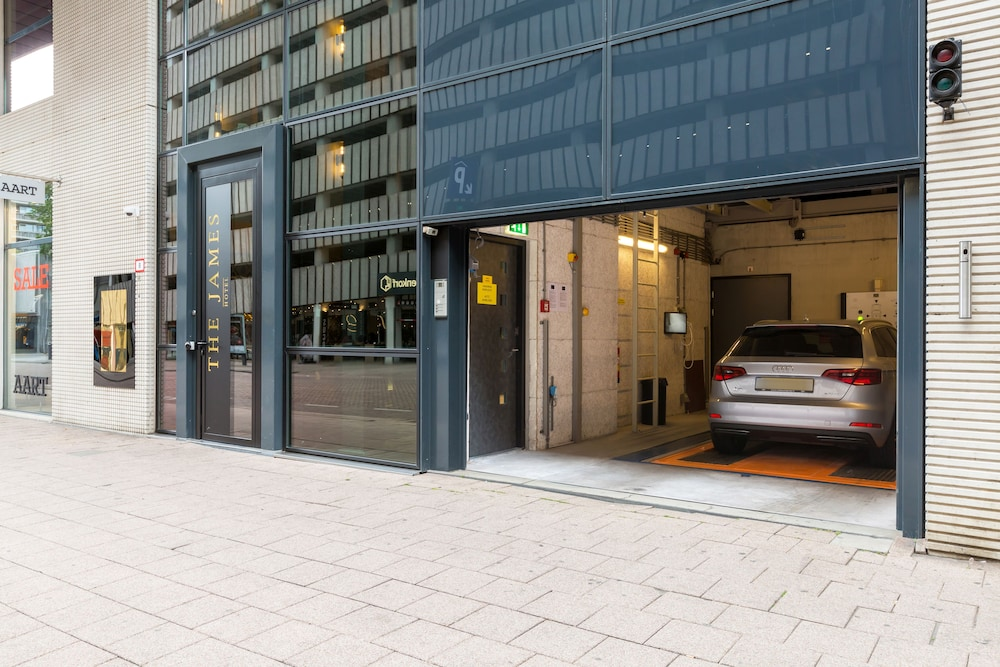 Parking, The James Hotel Rotterdam