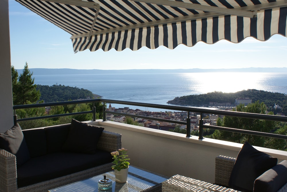 Balcony, Fabulous SEA & Panorama View