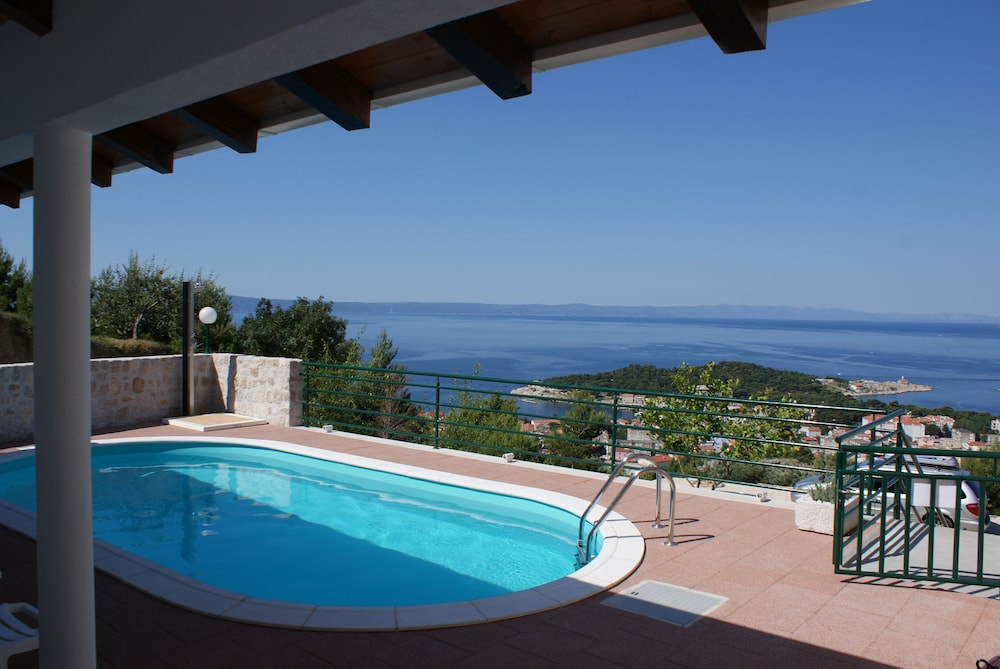 Pool, Fabulous SEA & Panorama View